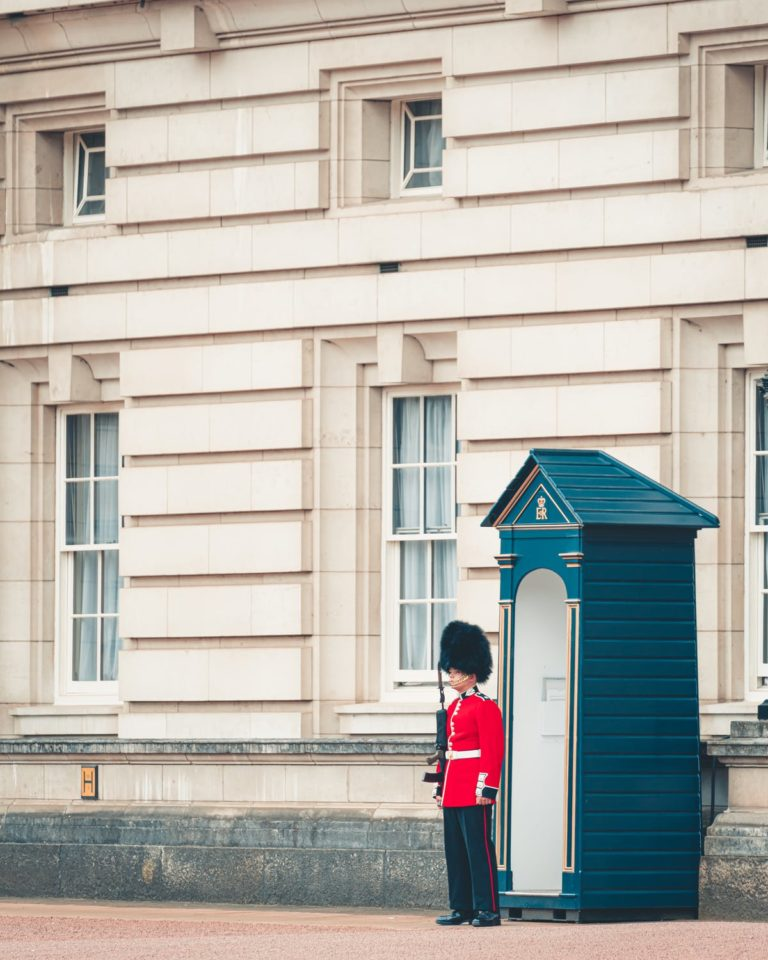 Guard wondering who inherits from Prince Philip